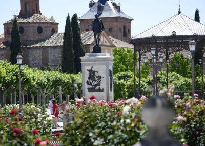 Plaza de Cervantes y entorno monumental en Alcalá de Henares