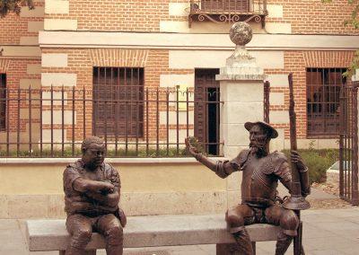 Estatua de Don Quijote y Sancho