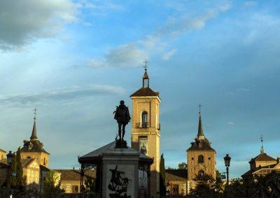 Conjunto monumental de Alcalá de Henares desde la Plaza de Cervantes